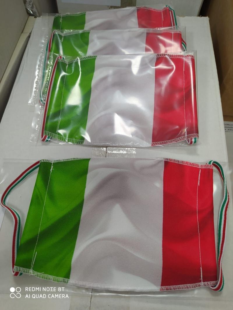 mascherina-tricolore-lavabile-fino-a-35-volte